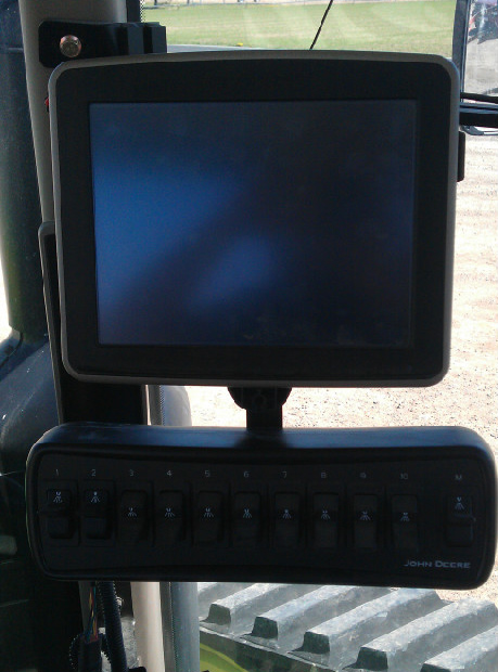 The 10 Switch Box Controller for John Deere also works with the Quick Change Bracket